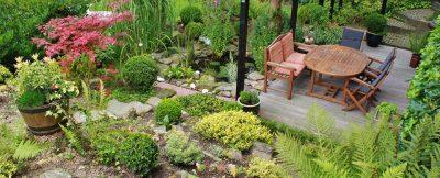 zahradní nábytek na terase
